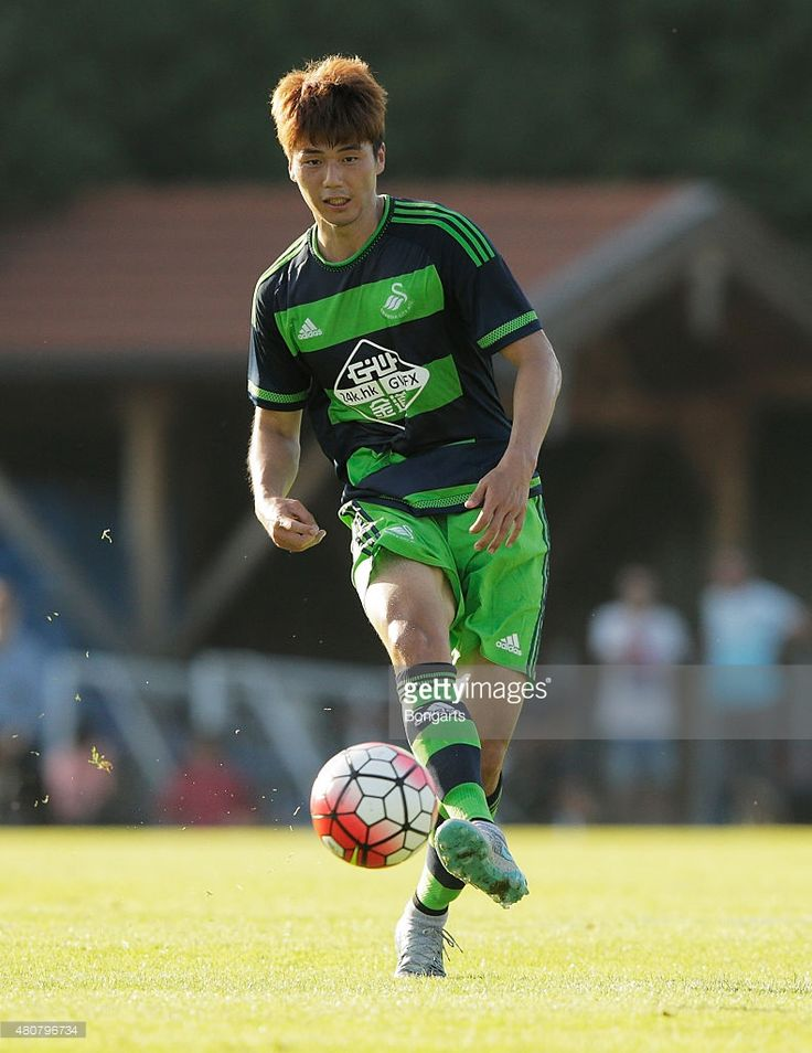 Ki Sung-yueng in action during the Preseason Friendly between Borussia Moenchengladbach and Swansea City.