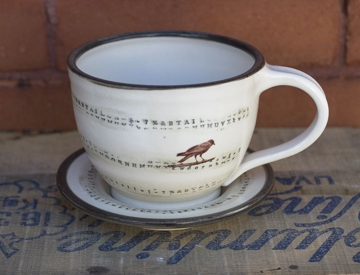 Adding to my Poe inspired collection of everyday items for your home, here is a well proportioned latte bowl with saucer. Or if you have had enough of the winter doldrums, then have some heart warming soup in this tactile set.