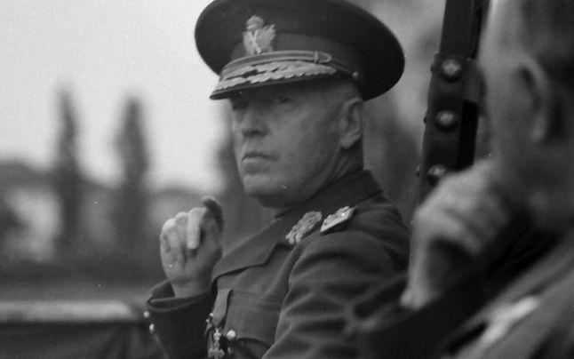 Cum au plănuit sovieticii să îl ucidă pe Ion Antonescu. NKVD-ul a trimis cinci paraşutişti legionari la Olăneşti, acolo unde urma să vină mareşalul