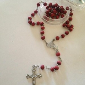 Small-Red-Beaded-Rosary-