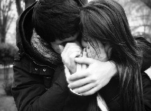 """Carinho nos gestos, na palavra, no dia a dia, na educação, na gentileza, no romantismo, no cavalheirismo. Casal que se ama """"faz Amor"""" sem peso na consciência. São como unha e carne. Unidos em corpo e alma. São responsáveis pela família q estão constituindo e seguem se Amando com o passar dos anos. Há sempre a necessidade de dormirem e acordarem abraçados. Quando distantes o beijo está sendo aguardado quando retornam a se encontrarem no fim do dia. É o carinho q os unem q faz com que…"""