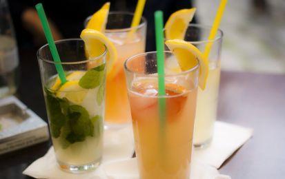I 10 cocktail più famosi analcolici - I cocktail analcolici più amati dai piccoli e grandi. Ecco alcuni dei più famosi e deliziosi.