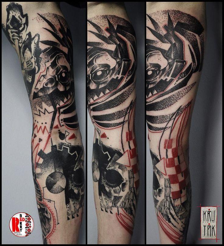 Redberry Tattoo Studio Wrocław #tattoo #inked #ink #studio #wroclaw #warszawa #tatuaz #gdansk #redberry #katowice #sosnowiec #bielskobiala #berlin #poland #krakow #krutak #labrujaproject #kot #cat #birds #ptaki #fight #skull #czaszka #sleeve