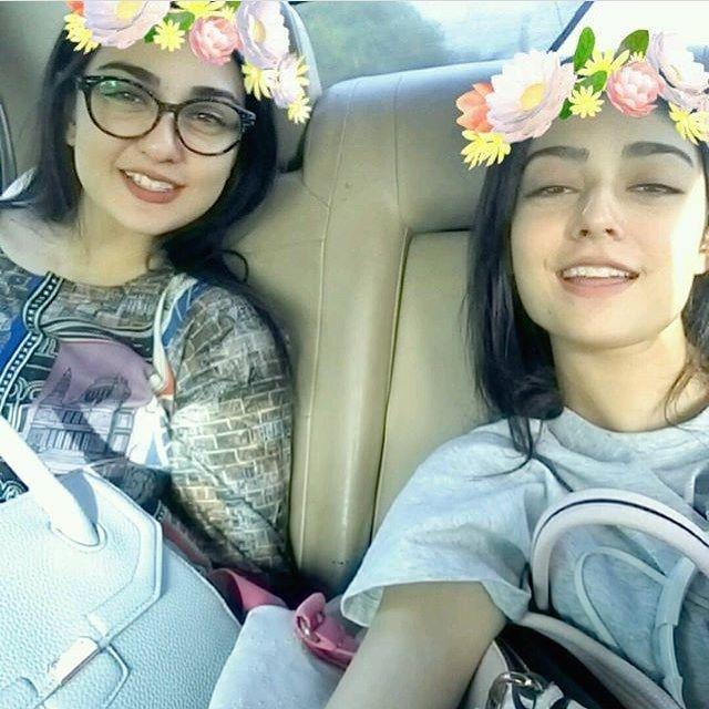 Recent click of Sarah khan & Noor khan! ❤️✨ - - #Sarahkhan #Noorkhan #Followus ✨