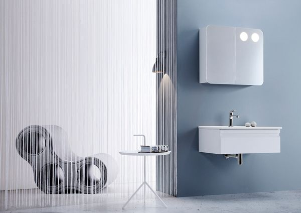 Airy and stylish layout with white Dansani Zaro bathroom furniture.
