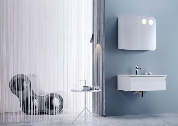 Airy and stylish layout with white Dansani Zaro bathroom furniture.