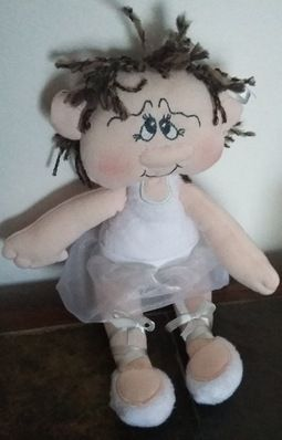 Nora ballerina doll (Embroidery outlet)