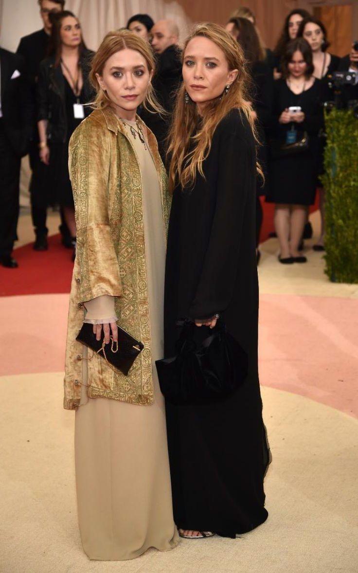 El tudod ezt hinni?! Az Olsen ikrek betöltötték a 30-at! Isten éltesse a stíluskirálynőket! Itt éppen a 2016-os Met gálán pózolnak.