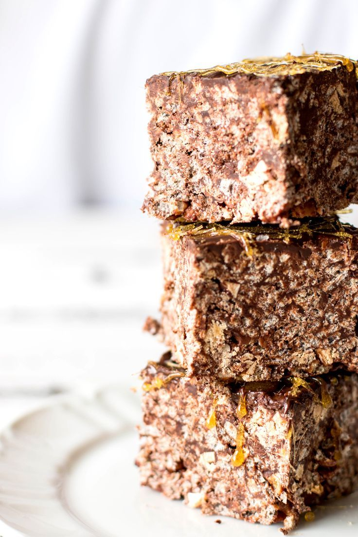 #Recipe Salted Dark #Chocolate Caramel Rice Krispie Treats www.kidsdinge.com www.facebook.com/pages/kidsdingecom-Origineel-speelgoed-hebbedingen-voor-hippe-kids/160122710686387?sk=wall http://instagram.com/kidsdinge