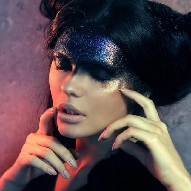 Expression: Dark Makeup, Make Up, Dark Photography, Makeup Artists, Gothic Makeup, Glitter, Hair, High Fashion Makeup, Night Makeup
