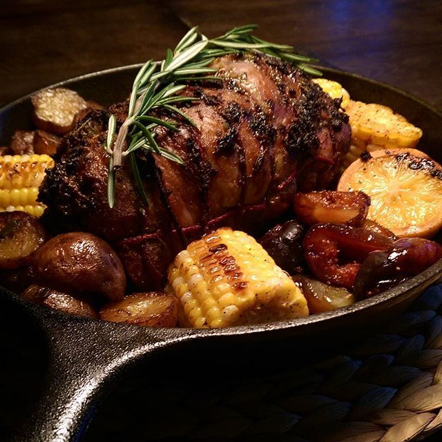 The rain was really coming down as I entered the grocery store at 6 pm, so I opted for a lamb roast and staying dry tonight (no bbq). The lamb was smothered in herbs, garlic, Meyer lemons, olive oil and roasted in the cast iron skillet. Served with roasted potatoes, corn and figs. Hope your week is off to a great start.@zimmysnook