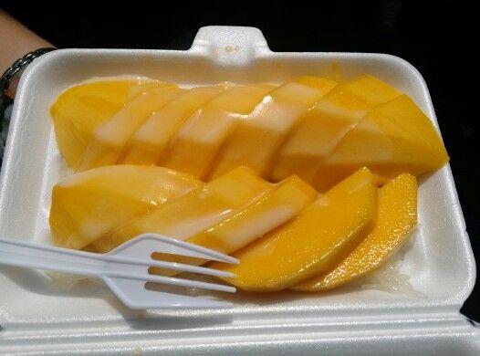 Thai mango sticky rice - bangkok march 2013