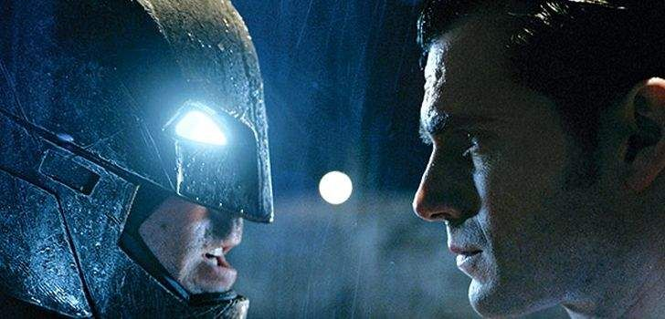 A edição especial da Entertainment Weekly sobre a Comic-Con está repleta de informações sobre Batman v Superman: A Origem da Justiça, eapesar de serem bastante vagas, já são o suficiente para aumentar nossas expectativas. Grande parte da cobertura do EW sobre Batman vs Superman eram coisas que nós já havíamos ouvido antes. Porém, ainda existem …