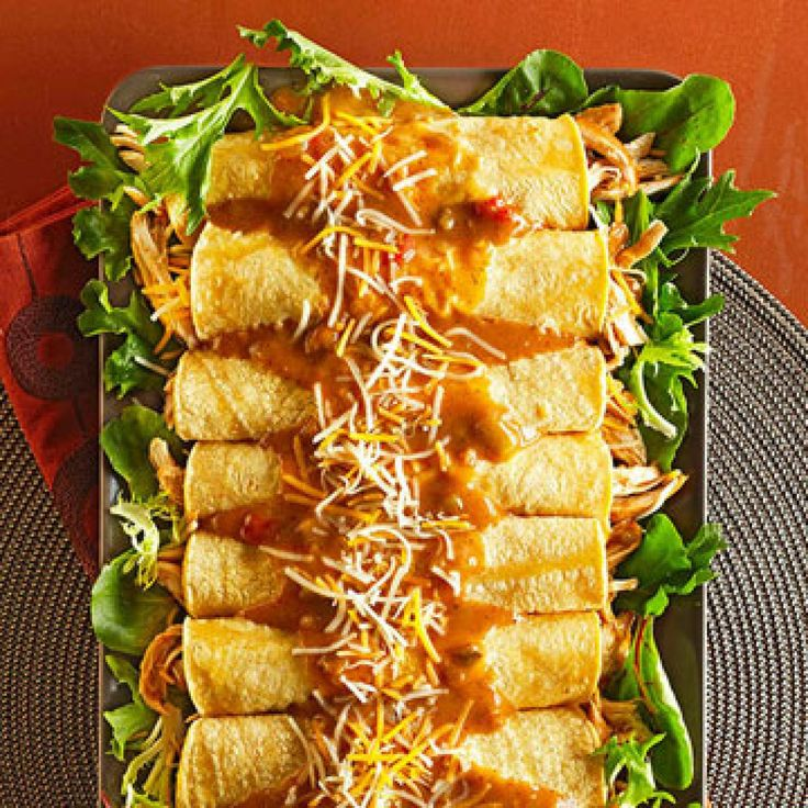 21slow-carb slow cooker recipes. All with 35g carbs or less per serving. Diabetic-friendly meals. Includes: Easy Chicken Enchiladas, coffee-braised brisket, slow cooker buffalo chicken salad, chicken tortilla soup, turkey tortellini slow cooker soup and more. http://www.diabeticlivingonline.com/diabetic-recipes/main-dishes/low-carb-slow-cooker-recipes