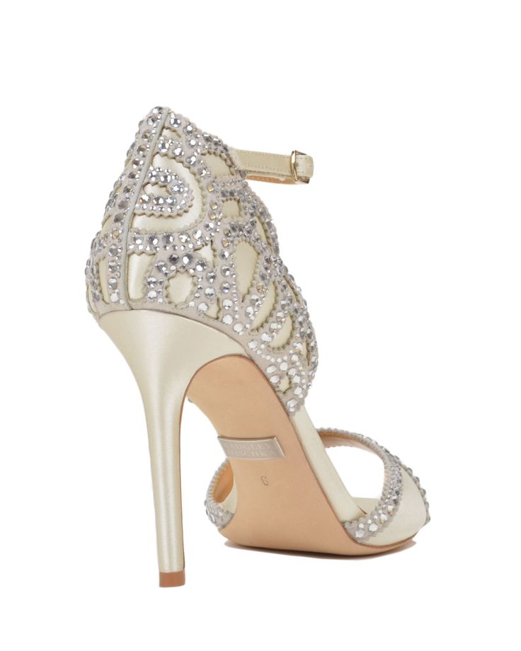 ROXY evening shoes by Badgley Mischka, now available at the official  website. Free shipping