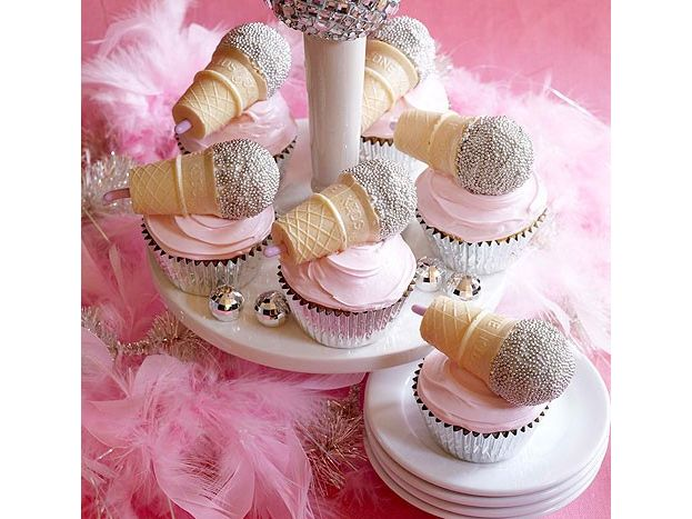 Disco Party : these were in a book called What's New Cupcake?....not the pinterest internet OR the Al Gore internet...