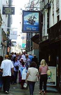 Ship Inn. Exeter, Devon.