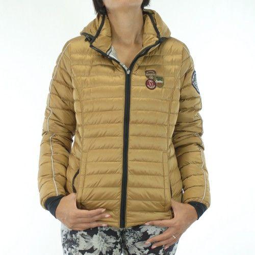 Napapijri Armes 13 Donna, visita le novità uomo e donna di questo grande brand. http://www.olaraga.com/29_napapijri