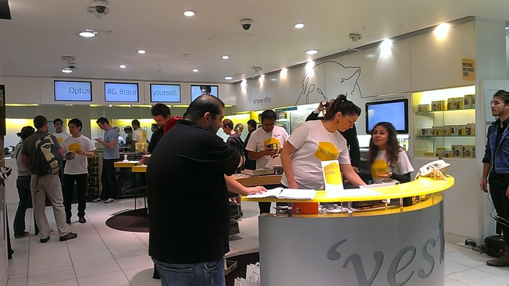 Customer priority pick-up event. 'yes' Optus George Street store. September 2012.