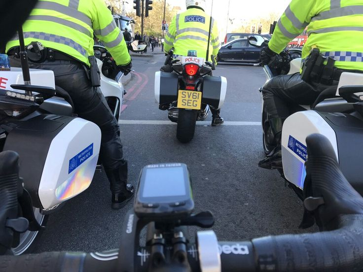 MPS Special Escort Groups hence the 'SEG' on the registration plates, and the Glocks and spare magazines...