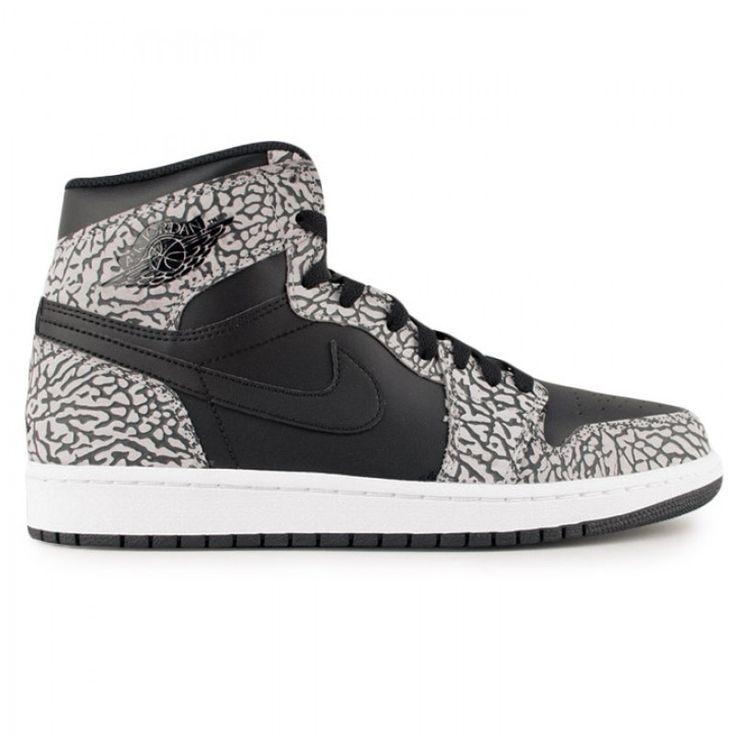 Chaussures Rétro Jordan, Jordans Rétro, Air Jordan Rétro, Air Jordans,  Jordan 1, Impression D'éléphant, Éléphants, Cuir Noir