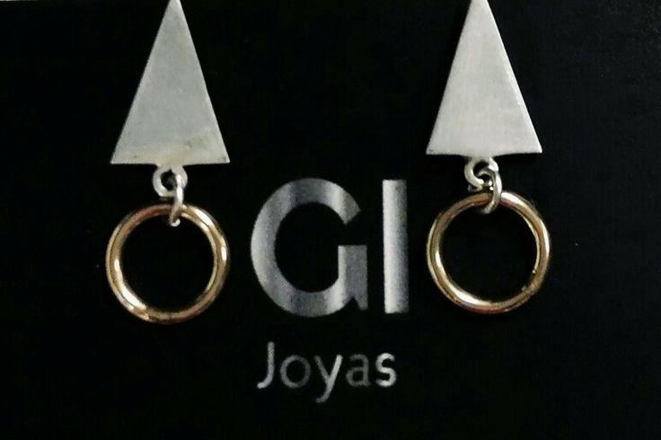 Aretes colección Basic en plata con baño dorado. Gi Joyas by GIsela