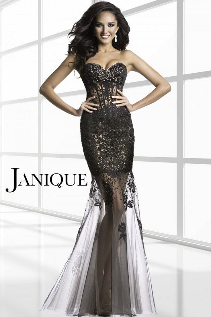 Look amazing for your special night with the grandiose spread of