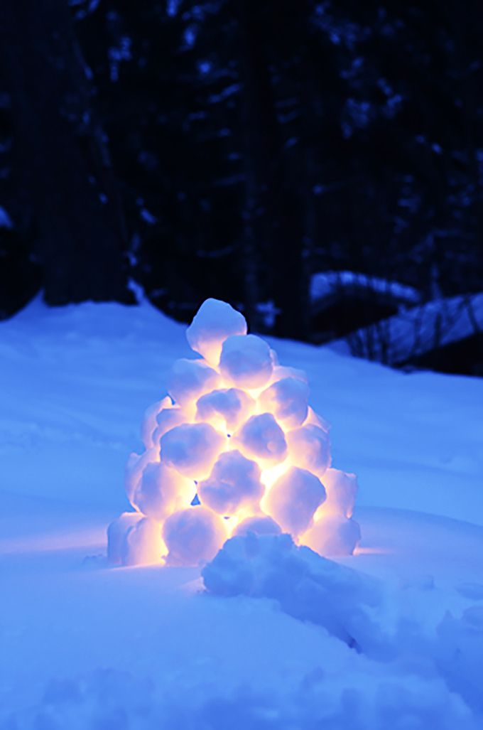 Snowball lanterns dot the Swedish landscape in winter. Here's how to make these beautiful, outdoor snowball lanterns with just snow and a tea light.
