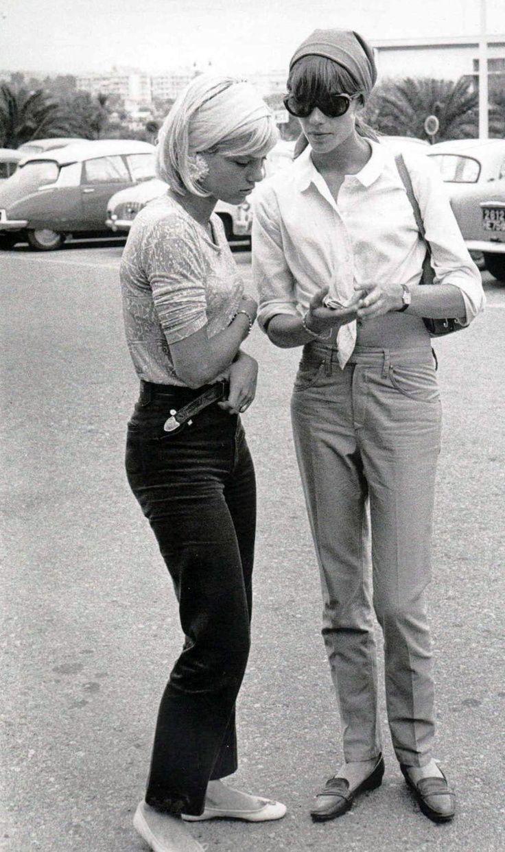 Françoise Hardy & Sylvie Vartan .•*`*•. ❥ ....réépinglé par Maurie Daboux .•*`*•. ❥