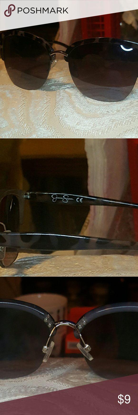 Jessica Simpson Sunglasses Grey marbled look, EUC Jessica Simpson Accessories Sunglasses