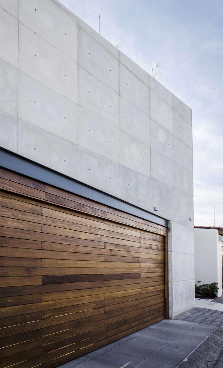 1000 ideas about garage door trim on pinterest door for Garage door repair oregon city