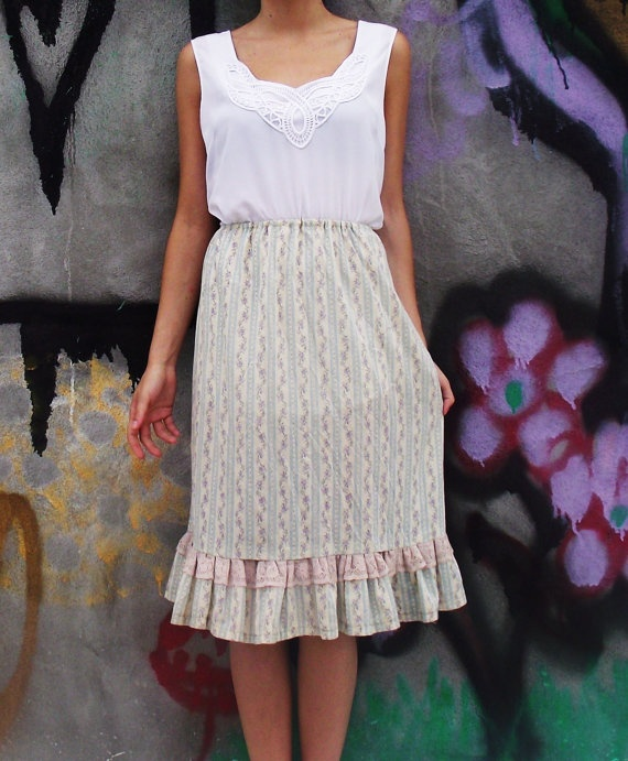 MaryLu Cotton Skirt with Pink Lace by MaryLuVintage on Etsy, $23.00