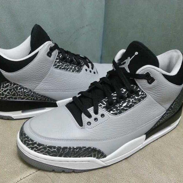 Air Jordan III 3 Wolf Grey Release Date 136064-004 (1)Grey 3 Retro, Grey Jordans Wolf, Retro Wolf, Grey 3 Jordans, 3 Retro 3S Jordans, Air Jordans 3, Wolf Grey Jordans, Jordans Retro, Grey Release