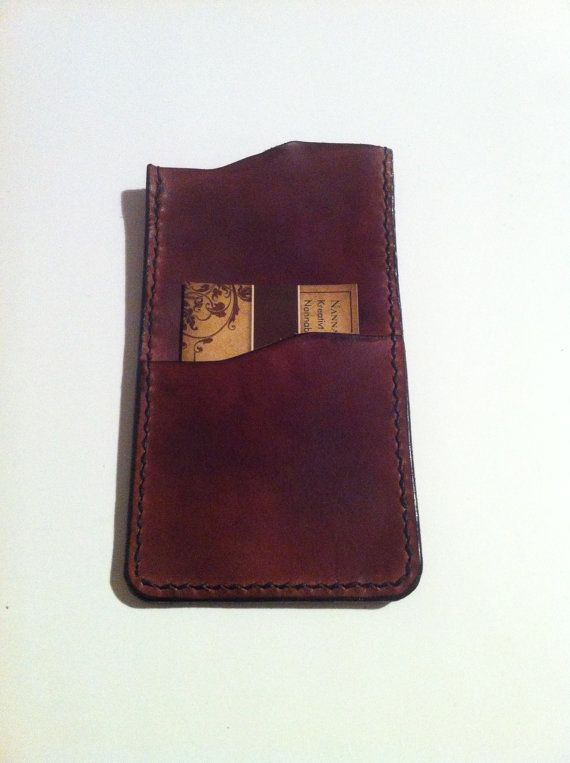 Iphone sleeve in 100% leather.