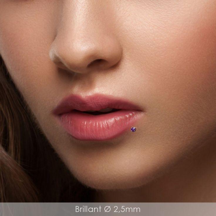 Piercing labret décalé clip argent brillant violet pour labret bioplast