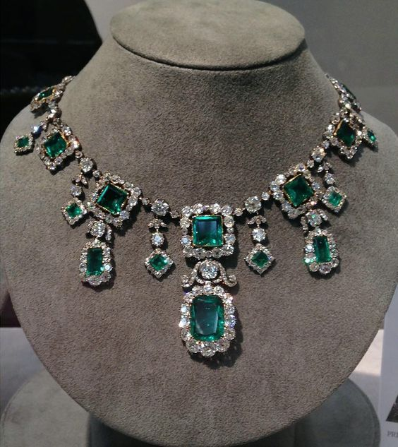 The Savoy-Aosta Emerald Necklace, a spectacular early 19th century emerald and diamond necklace