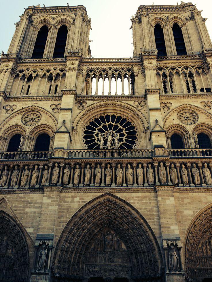 KINSA in Paris - Notre Dame