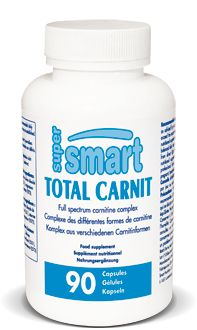 Total Carnit contient un mélange complet des différentes formes de carnitine : fumarate de L-carnitine, arginate de L-acétyl-L-carnitine, glycine propionyl-L-carnitine et taurinate de L-carnitine. Ce mélange a été conçu pour que les effets bénéfiques de la carnitine aient un impact sur les différents tissus de l'organisme, incluant les muscles squelettiques et cardiaques ainsi que le fonctionnement des mitochondries dans le cerveau, les nerfs, le cœur, le foie et les spermatozoïdes.