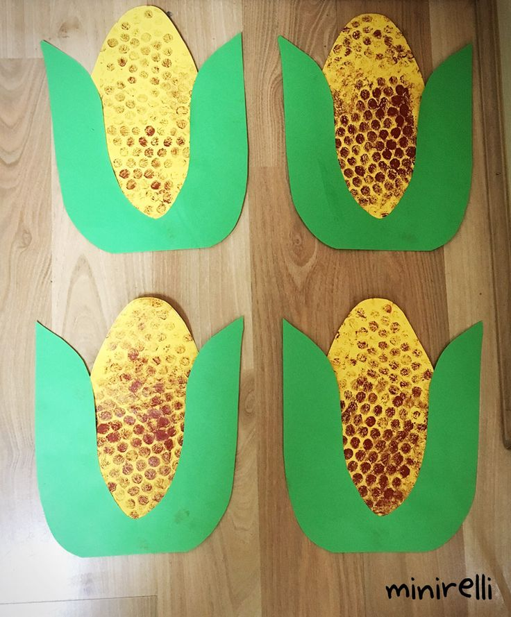 Making something slightly more healthy today! Corn! You may need: Yellow construction paper Green construction paper Bubble wrap Brown paint Sponge Glue sticks Firstly, we cut out a yel…
