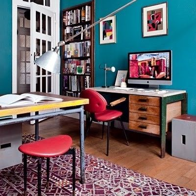 Love the modern and industrial elements of this office space.