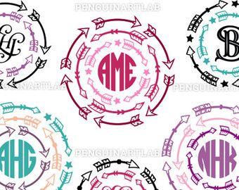 Vintage SVG snijden bestanden: Luxe stijl cirkel Monogram Frames.  SPECI★LLY ONTWORPEN VOOR CRICUT EN SILHOUETTE STUDIO Meer informatie over onze makkelijk-te-gesneden beelden: http://etsy.me/1Hgfy6h  Deze verpakking bevat 4 originele luxe cirkel Monogram Frames die soepel en netjes worden gesneden. Professioneel ontworpen illustraties voor gebruik met de moderne snijmachines - voor kleine ambachtelijke projecten, stickers en stickers. Dit pak is klaar voor gebruik met Cricut ontwerpruimte…