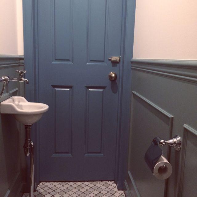 mtokさんの、ドア,コラベル,名古屋モザイク,トイレ,トイレットペーパーホルダー,腰壁,ペンキ塗り,バス/トイレ,のお部屋写真
