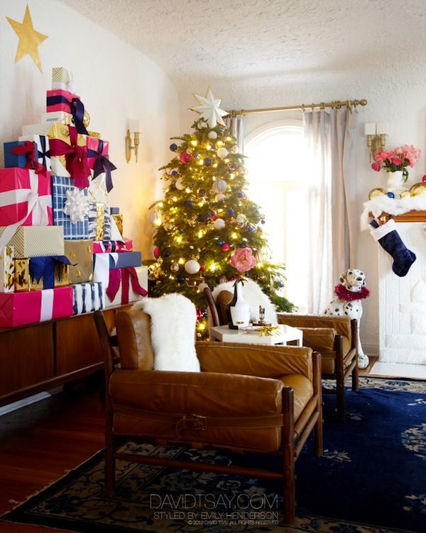 I decked my halls: The Hendersons go Holiday