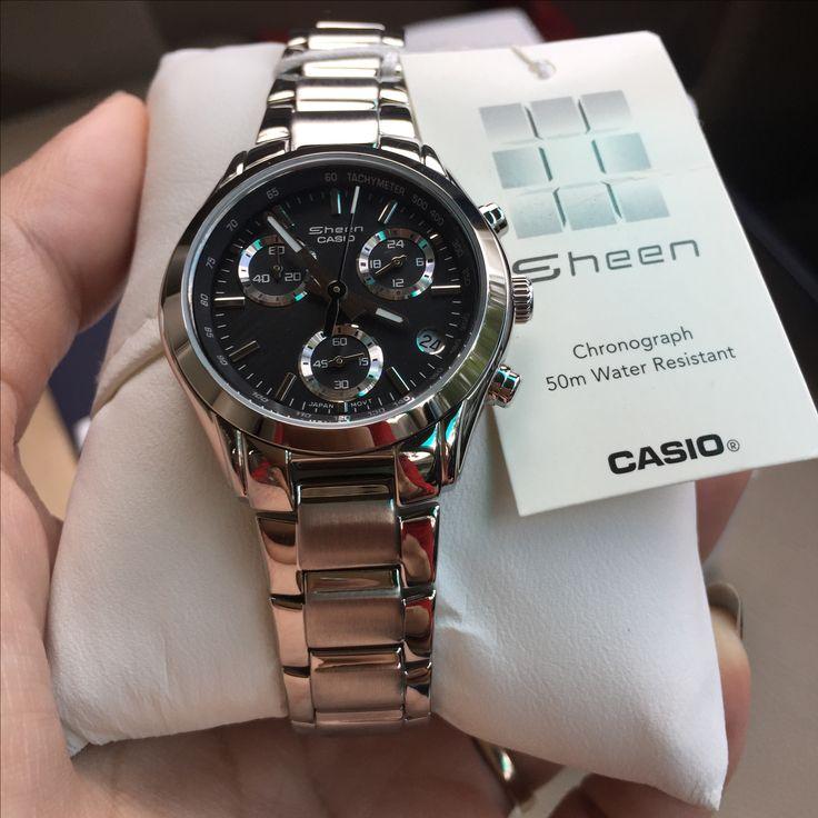 นาฬิกาข้อมือ Casio Sheen Chronograph รุ่น SHN-5000BP-1AV นาฬิกาข้อมือสำหรับผู้หญิง สายสแตนเลสแวววาว ดีไซน์ดูสวยหรู หน้าปัดสีดำใส่เข้าได้กับทุกชุด