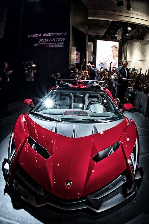 supercars-photography: The new Lamborghini Veneno Roadster(more)