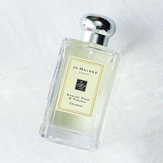 日常 仕事 デート 男子のためのシーン別おすすめ香水12選 香水