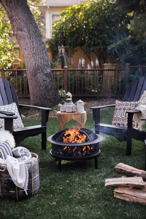 Best 20 small fire pit ideas on pinterest easy fire pit small backyard patio and diy fence - Types fire pits cozy outdoor spaces ...