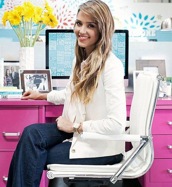 Jessica Alba é fundadora da empresa The Honest Company.