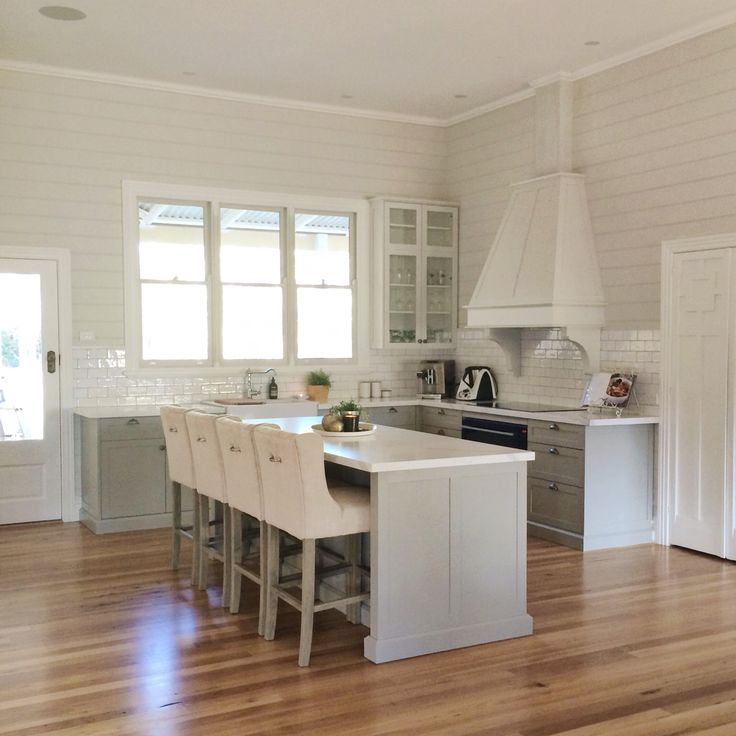 Grey country style timber kitchen idea