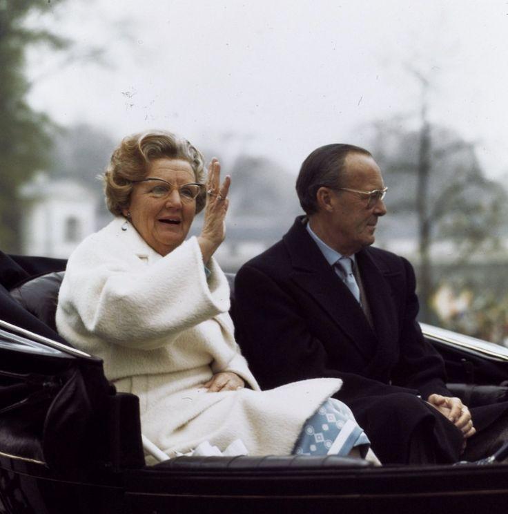 Koningin Juliana en Prins Bernhard (NL)